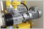 日本chuhatsu中央發明研究所可達到壓鑄行業要求的完全真空,且實現了真空度的穩定、高循環的真空裝置 R-250T VT-500